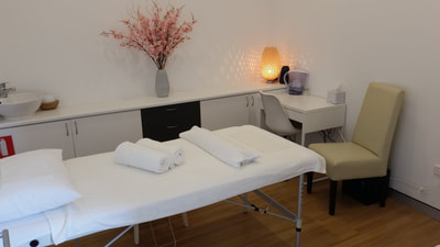 Beautiful treatment room for acupuncture